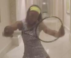 Serena Williams tar en �Beyonc�, og f�r svar p� tiltale