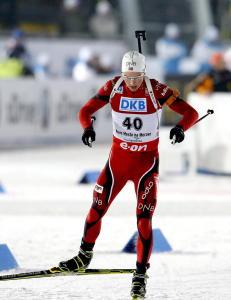 L'Ab�e-Lund l�nte ski fra Tarjei B�. Takket med � ta gull foran stryningen