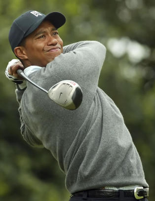 For f�rste gang p� 18 �r er Tiger Woods IKKE blant de 100 beste golfspillerne