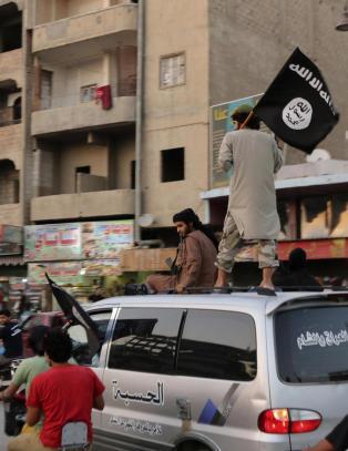 IS har rekruttert og kidnappet 400 barn i Syria siden januar