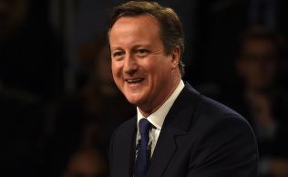 Meningsm�ling viser knapp Cameron-ledelse