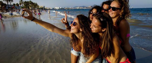 S� fantastisk at de ikke vil andre steder: - Vi bare elsker Ibiza og denne stranda
