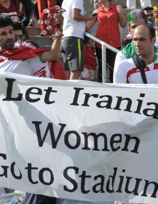 Br�ket foran Sverige-Iran: - En kamp mot Iran er velkommen i Norge