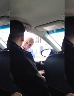 Politimannen g�r til verbalt angrep mot sj�f�ren