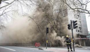 2000 evakuert i London sentrum