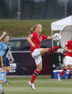 Norge m� m�te England til omkamp. Men kun ett straffespark og tilleggstiden skal spilles