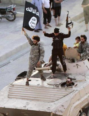 Fransk TV-nettverk hacket av IS-tilhengere
