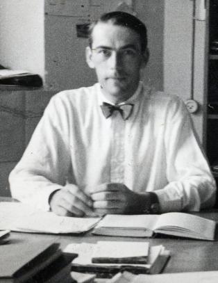 Steinfeld anmelder: �Ingeni�ren & eventyret�