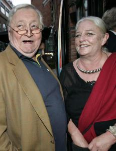 Ruth Wesenlund rammet av alvorlig lungesykdom etter tapet av ektemannen