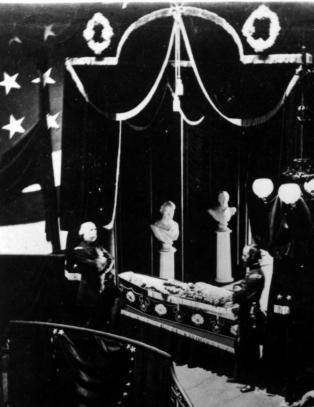 14-�ring fant det eneste bildet av den d�de Abraham Lincoln
