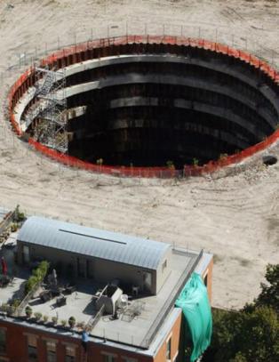Hva skjer med det 23 meter dype hullet i Chicago?