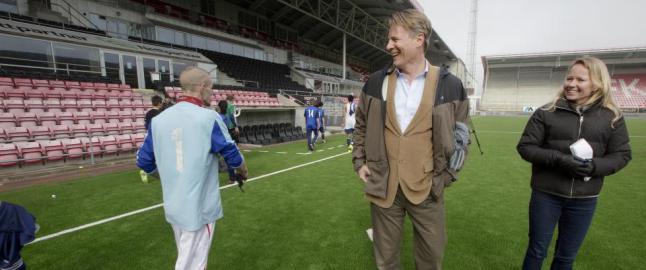 Milliard�r Johan H. Andresen (53) vil f� rusavhengige ut p� fotballbanen