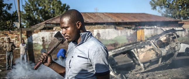 - Vold og angrep mot utlendinger sprer seg i S�r-Afrika