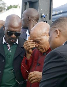 Ropte «Det er for sent å si unnskyld» til Sør-Afrikas president
