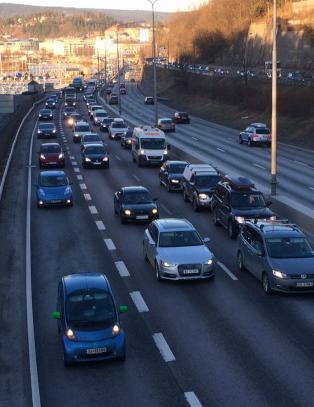 Flere nye forslag: Vanlige biler kan ende opp med bare ett felt