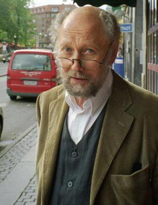 Er Torgny Lindgrens roman en ironisk kunst-kommentar, eller et bilde p� ham selv?