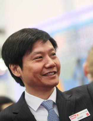 Han er sjef for verdens tredje st�rste mobilprodusent