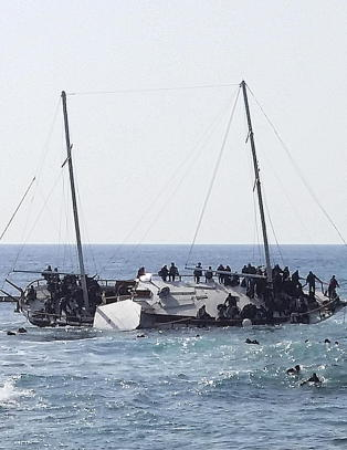 Merkel: EU vil tredoble innsatsen i Middelhavet
