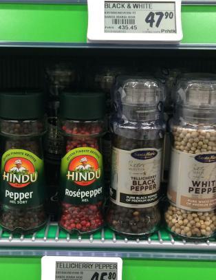 En av disse er ikke ekte pepper