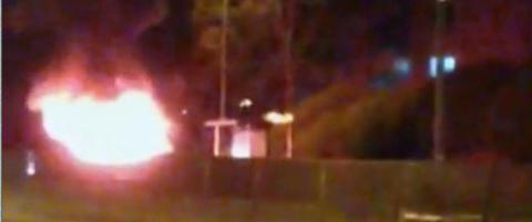 Varebil i fyr og flamme i Oslo