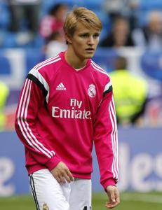 �degaard med i Real Madrid-troppen til morgendagens kamp