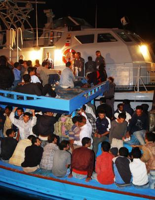 Hva om det var ved kysten av S�rlandet flyktningene kom drivende inn?