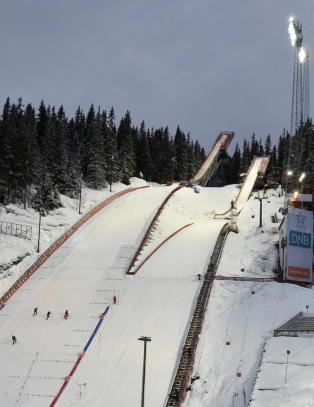 Trondheim er et hakk n�rmere ski-VM - s�knaden er sendt