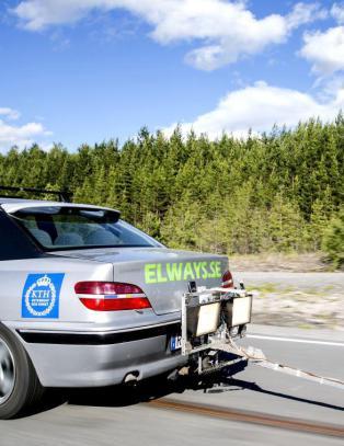 Fremtidens vei for elbilen? Elveien, selvf�lgelig!