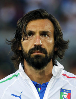 Andrea Pirlo er ikke rask. Men han har alt det andre som alle de andre mangler noe av