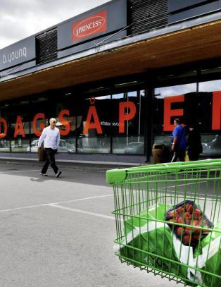 Ny m�ling viser flertall mot s�ndags�pne butikker