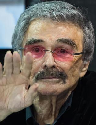 Kjenner du igjen sex-symbolet Burt Reynolds?