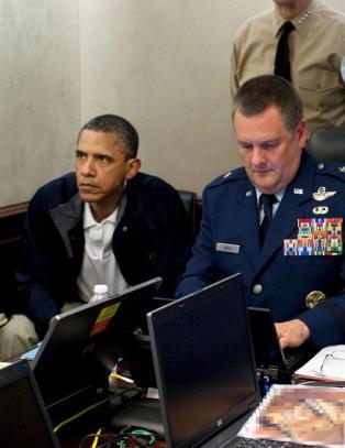 Nye sjokkp�stander om bin Laden-aksjonen. -�Et virrvarr av tull