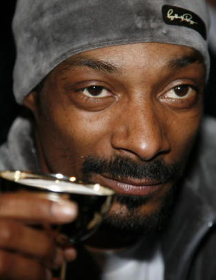 Snoop Dogg: - Jeg ser p� �Game of Thrones� for � l�re historie