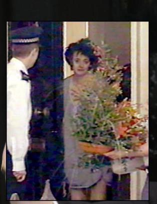 Cherie Blair om bildesjokket: - �pne aldri d�ra i pysjen
