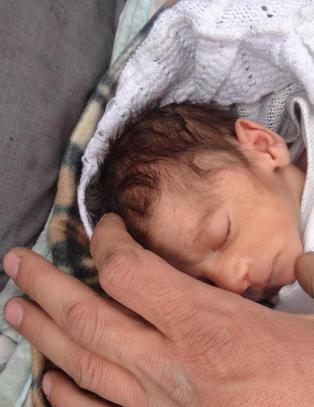 Amira (to mnd.) er �beleiringens baby�