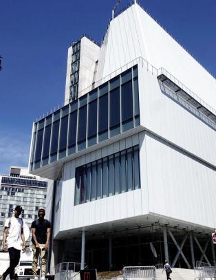 Nytt New York-museum nekter � stryke medh�rs