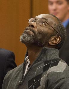 Slik reagerte Ricky etter 39 �r uskyldig i fengsel. N� saks�ker han byen
