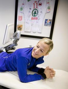 Heidi L�ke behandles med omstridt metode