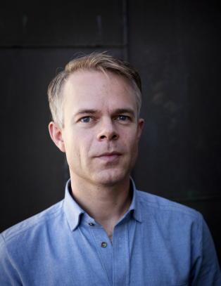 Norske forfatterkollegaer stiller seg bak Knausg�rd