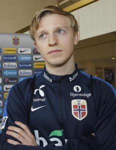 Dramatikk: Skadet Mats M�ller D�hli fikk se klubben sin rykke ned