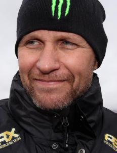 Solberg tar av seg hatten for vinneren etter andreplass