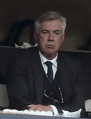 Presset Ancelotti fikk sjokkbeskjed fra Berlusconi p� pressekonferansen