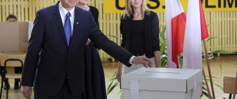 Valgdagsm�ling: Utfordrer Duda vinner i Polen