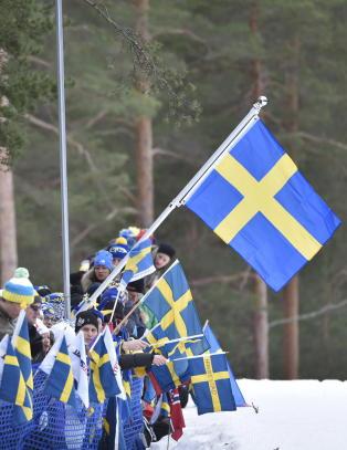 Svenskene ler hele veien til banken etter skifesten i Falun