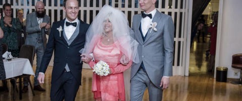 Samantha Fox var brudepike i norsk bryllup