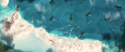 Advarer USA mot � blande seg i �ybygging: �Da vil en krig med Kina v�re uunng�elig�