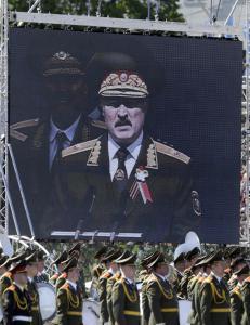 �Europas siste diktator� p� vei inn i varmen