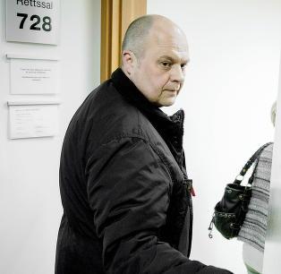 Steinar (53) husker ikke at han giftet seg. N� kjemper han mot staten