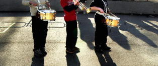 - Jeg vil spille saksofon, men vi har ikke r�d