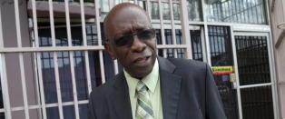 Tidligere visepresident i FIFA melder seg for politiet